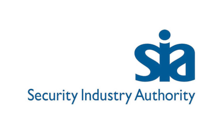 Why is it that only 68% of people that completed the SIA Course in 2020 went on to pay for the License?